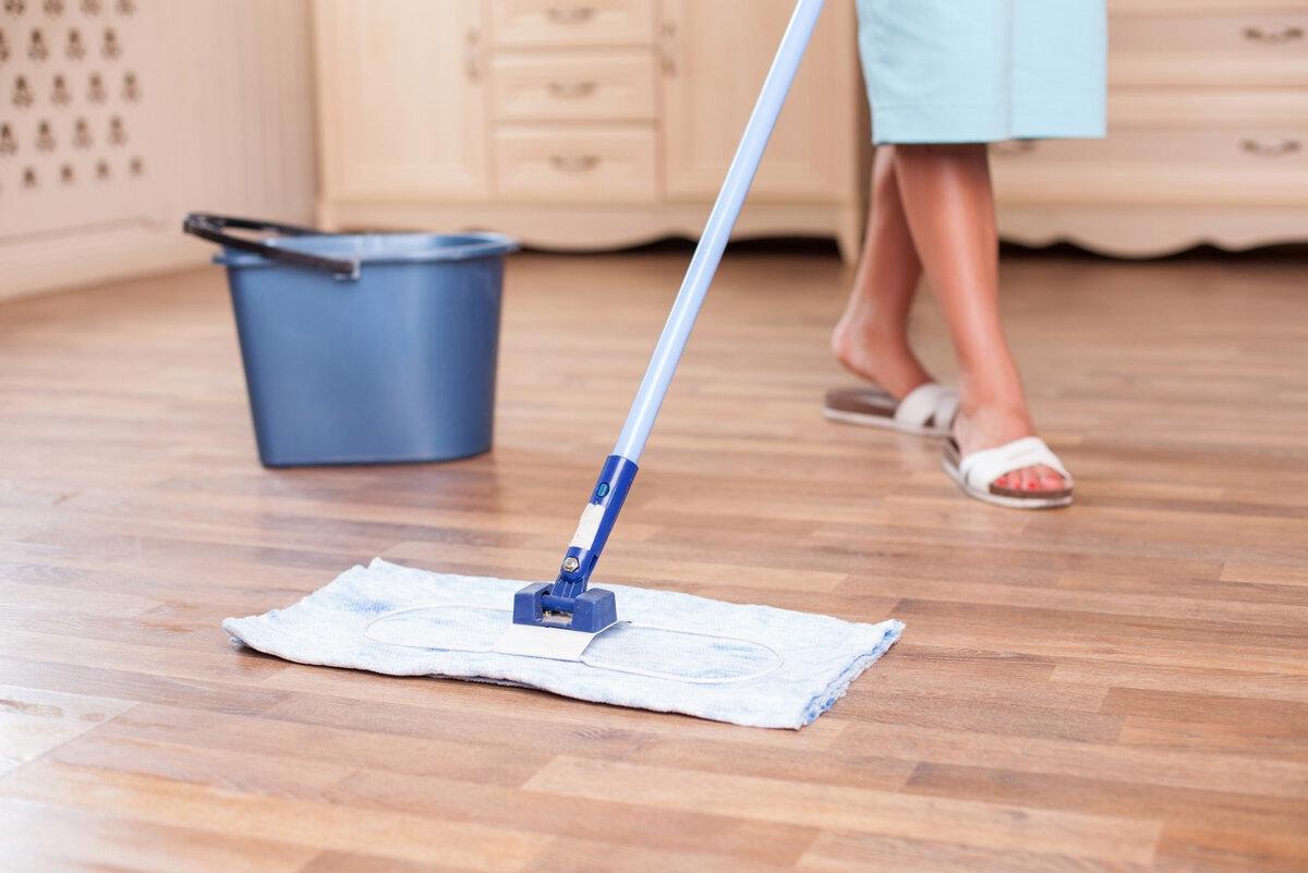 Вымыть полы с солью
